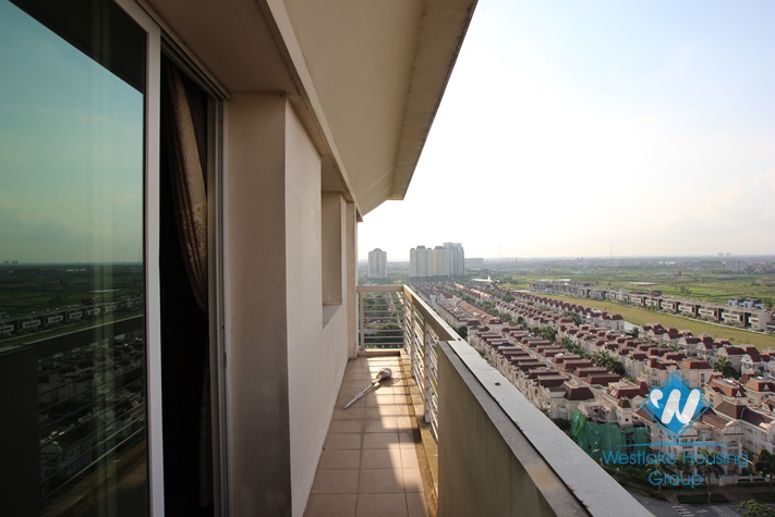 4 bedroom apartment for rent in Ciputra Ha Noi