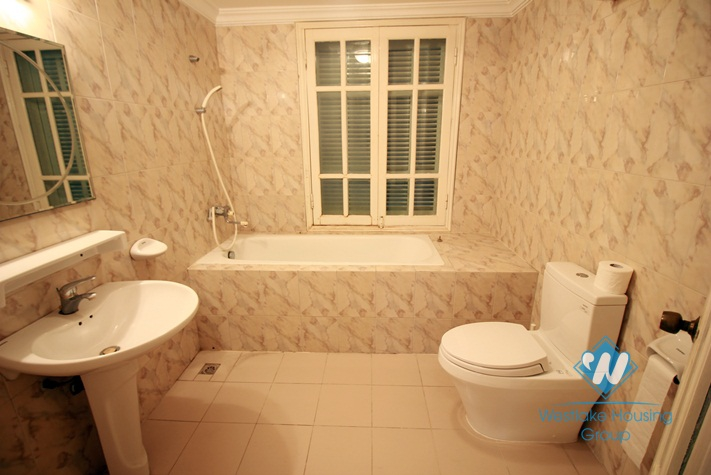 Lake view house for rent with four bedroom and four bathroom in Westlake Tay Ho, Hanoi
