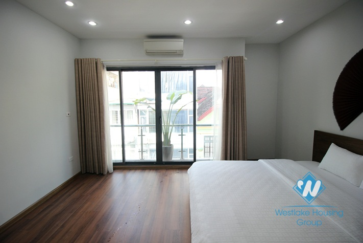 Apartment with 2 bedrooms for rent in Hai Ba Trung district, Ha Noi