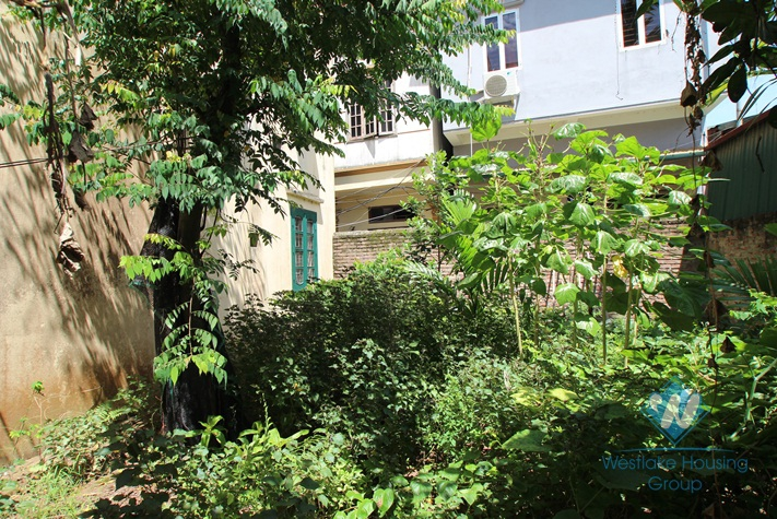 House for rent in Tay Ho Hanoi with 4 bedrooms and large garden at Westlake area