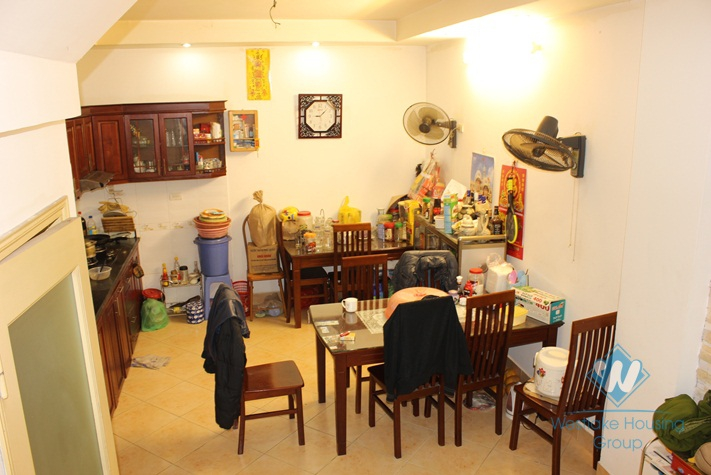 House for rent in Nghi Tam village, Tay Ho, Ha Noi