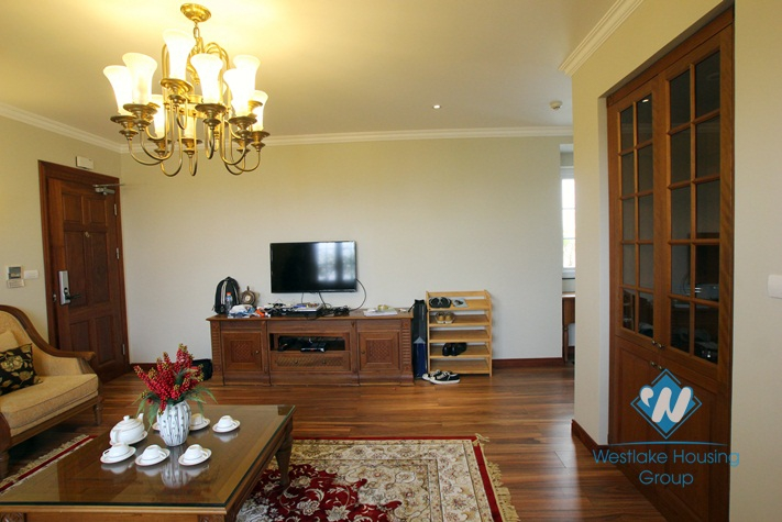 Spacious 01 bedroom penthouse for rent in Hai Ba Trung District, Hanoi