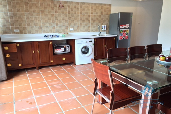 Cheap apartment with 02 bedrooms for rent in Tay Ho District, Hanoi