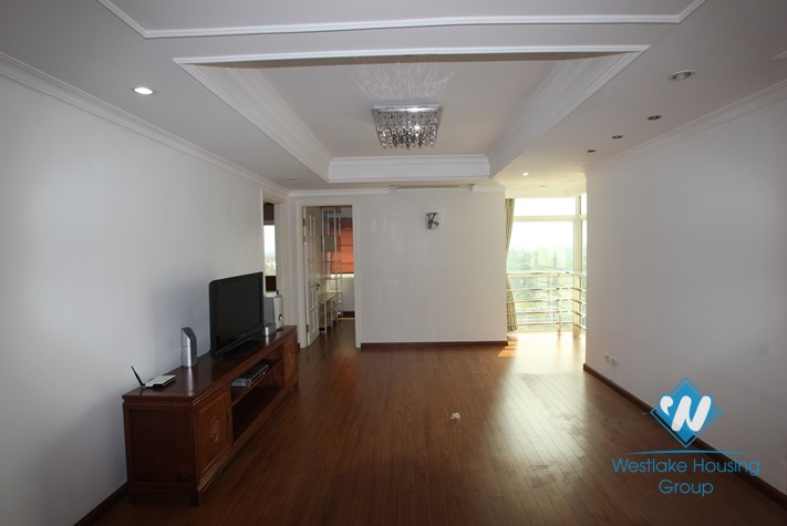 Nice apartment for rent in E Tower, Ciputra area, Tay Ho District, Ha Noi