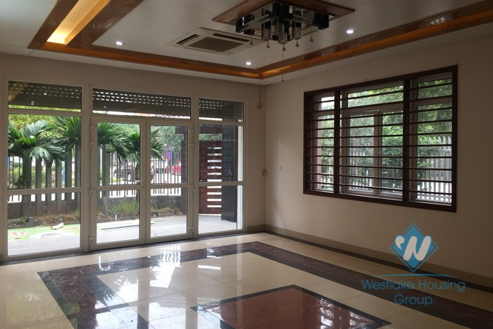 Lovely 5-bedroom house for rent in Cau Giay, Hanoi