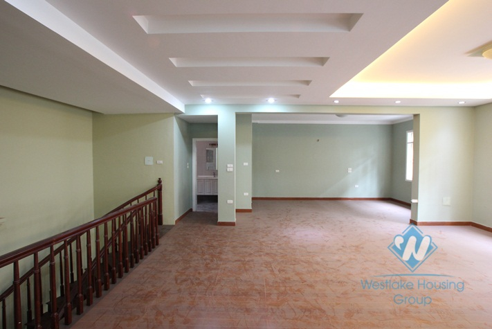Office for rent in Giang Van Minh st, Ba Dinh, Ha Noi