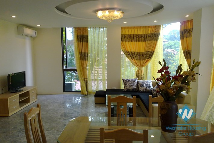 Nice decoration apartment for lease in Truc Bach area, Ba Dinh, Hanoi