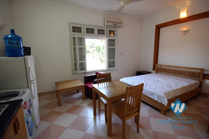 Very cheap and nice studio for rent in Dang Thai Mai st, Westlake, Tay Ho, Hanoi