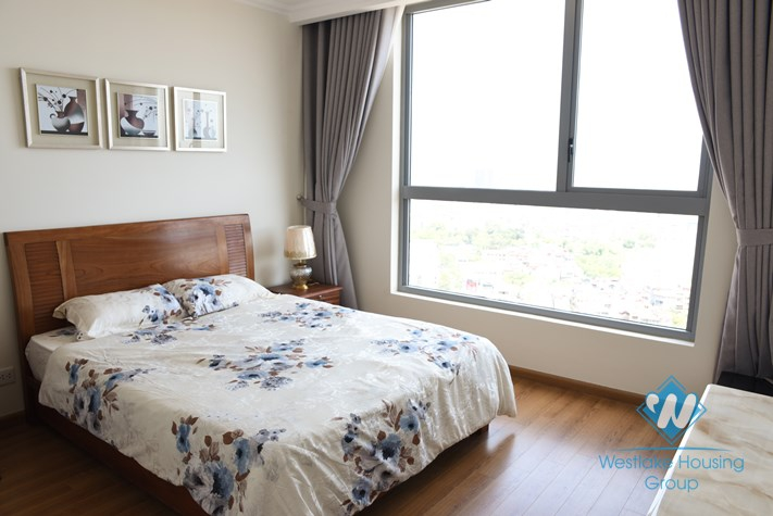 Luxury 03 bedrooms apartment for rent in Vinhome Nguyen Chi Thanh, Ha Noi