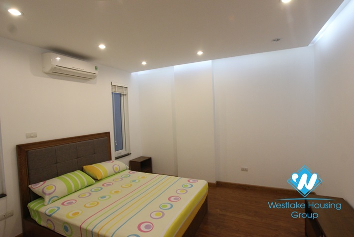 Beautiful serviced apartment for rent in Truc Bach, Ba Dinh, Ha Noi