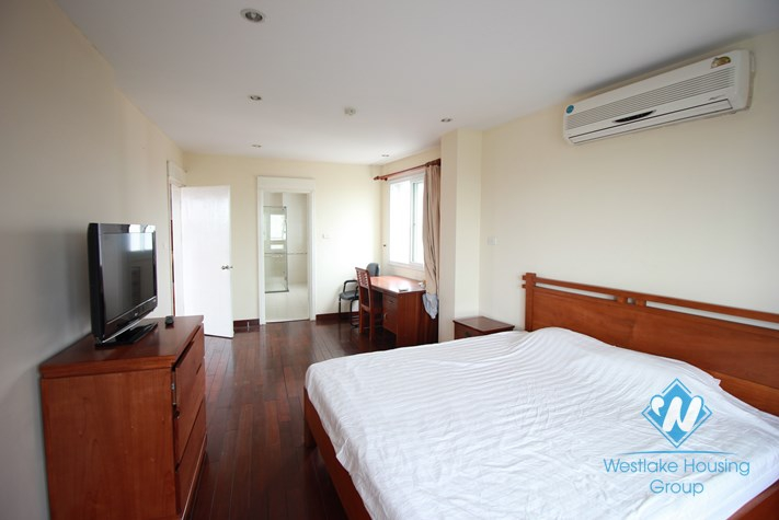 Apartment for rent with amazing view at Truc Bach lake, Tay Ho, Hanoi
