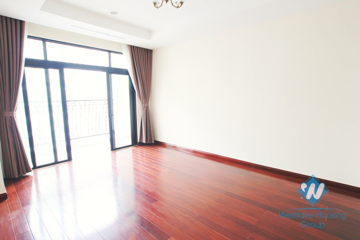 New apartment for rent in Royal City with nice view, 03 bedrooms
