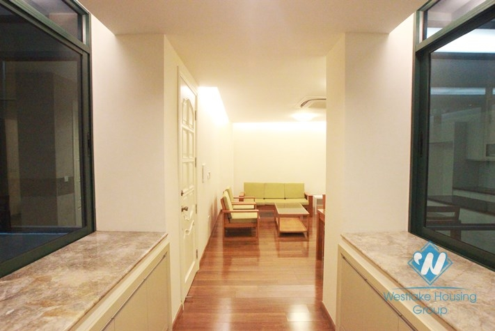 Beautiful lake viewed apartment for rent in Truc Bach lake, Ba Dinh, Hanoi