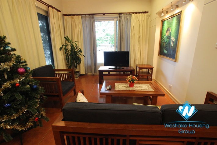 Nice apartment in Truc Bach area with lake front, fully furnished