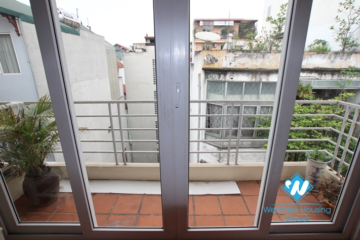 One bedroom apartment for rent in Linh lang st, Ba Dinh, Ha Noi