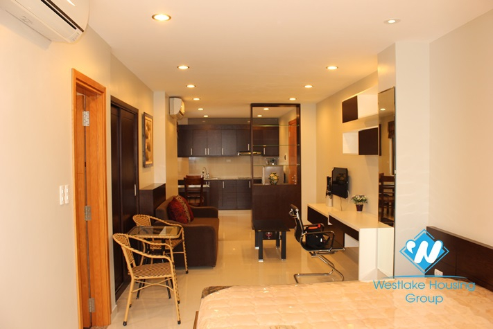 One bedroom apartment available for rent on the lake in Truc Bach area, Ba Dinh, Hanoi