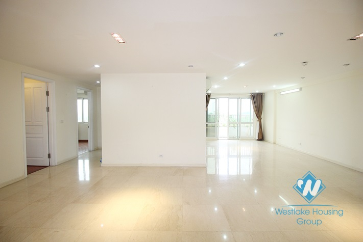 Unfurnished apartment for rent in P tower Ciputra