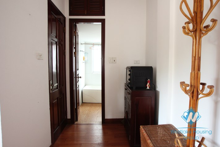 Nice studio for rent in Truc Bach area