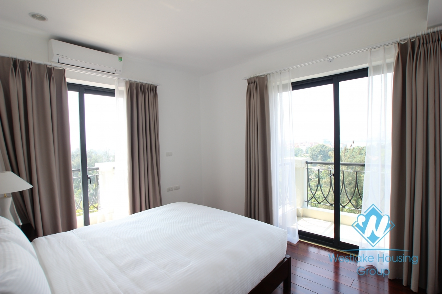 Luxury apartment for rent in Dang Thai Mai st, Tay Ho, Ha Noi