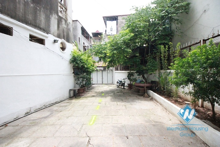 Beautiful house for rent in Hoang Hoa Tham, Ba Dinh, Hanoi