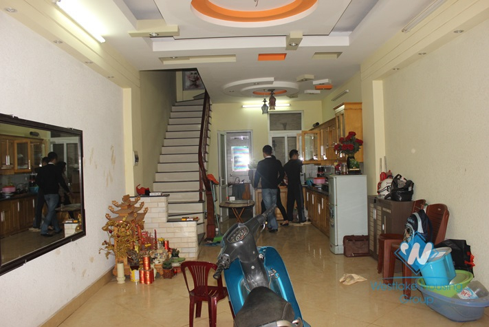 Unfurnish house, brand new and cheap house for rent in Au co st, Tay Ho, Ha Noi