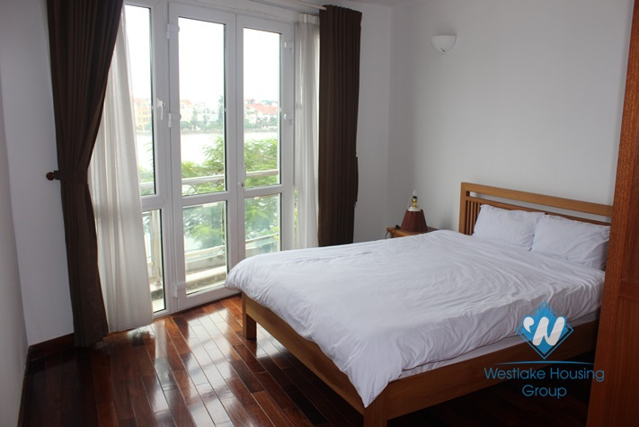 02 bedrooms apartment for rent in Tay Ho.