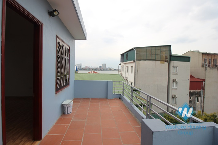 Brandnew 03 bedrooms house for rent in Dang Thai Mai area.