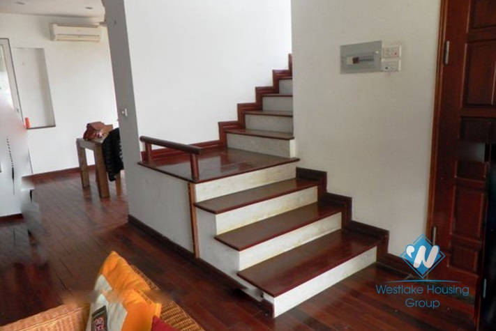 Modern house with 3 bedrooms for lease in Dang Thai Mai street