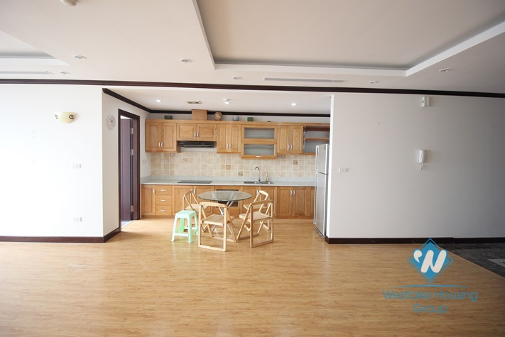 A beautiful apartment for rent in Ba Dinh, Ha Noi - Unfurnished