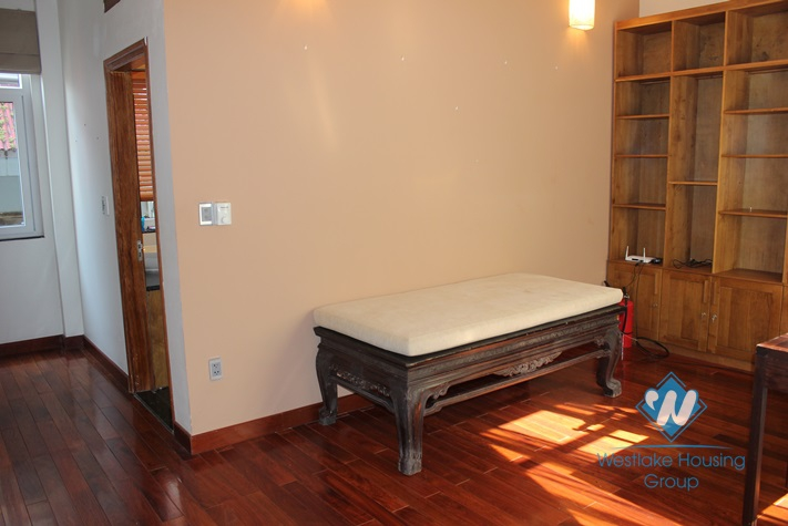 Cosy house for lease in Westlake area, fully furnished.