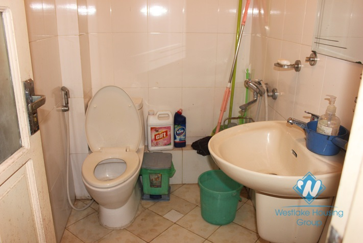 House for rent in Nghi Tam village, Tay Ho district, Hanoi