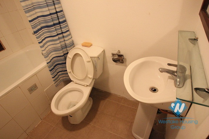 Cosy one bedroom apartment for rent in Truc Bach area, fully furnished.