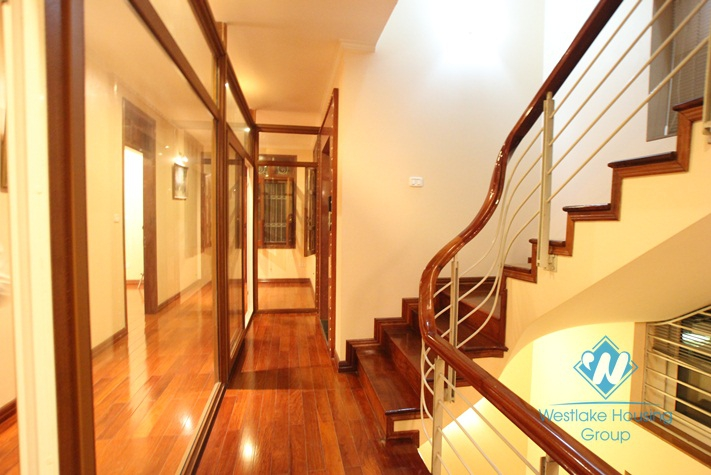 Brand new unfurnished  villa  for rent in Cau Giay District, Ha noi