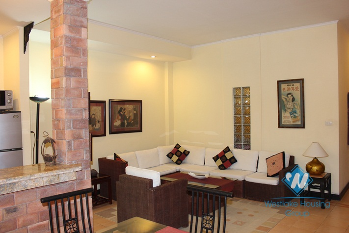 Cosy apartment available for lease near Truc Bach area, Ba Dinh, Hanoi