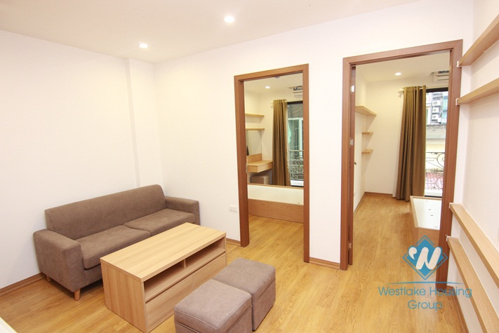Cheap two bedrooms apartment for rent in Truc Bach area, Ba Dinh district, Ha Noi