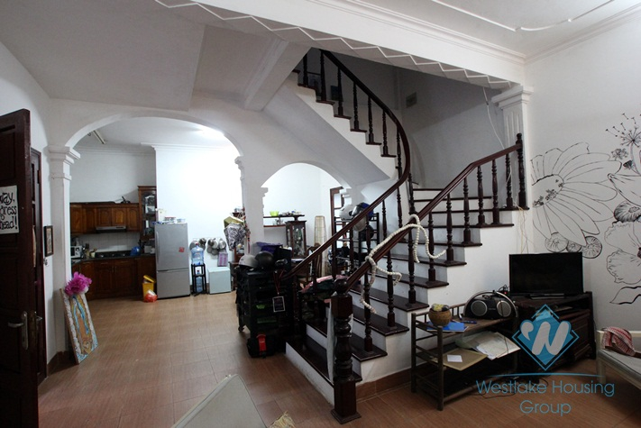 Nice house with big yard for lease in Dang Thai Mai st, Tay Ho, Ha Noi