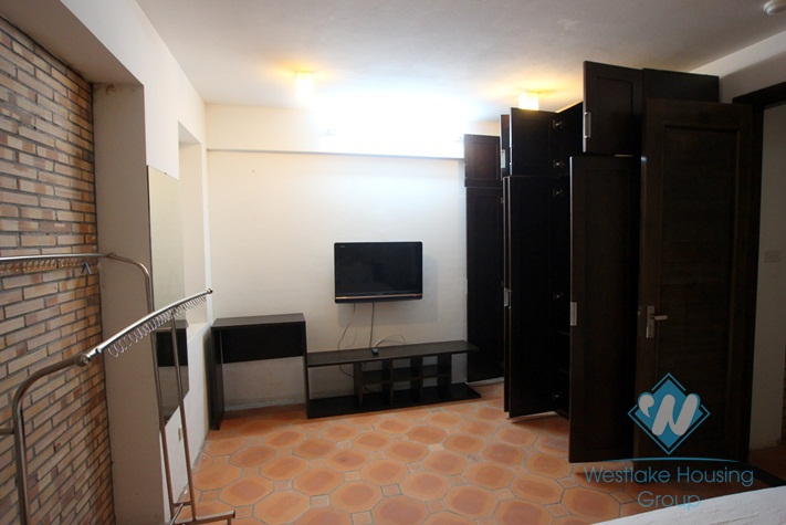 One-bedroom apartment available for rent in Dang Thai Mai Street, Tay Ho, Hanoi
