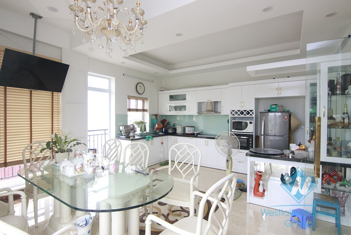 Charming and cozy house for rent in Hai Ba Trung, Ha Noi