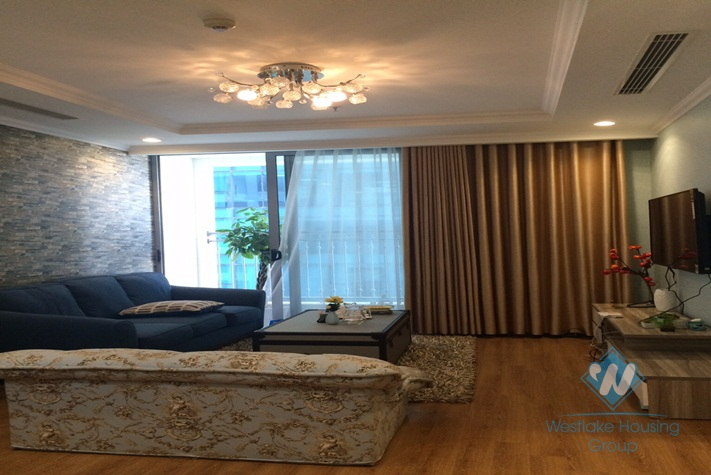 Furnished 2-bedroom apartment in Vinhomes Nguyen Chi Thanh