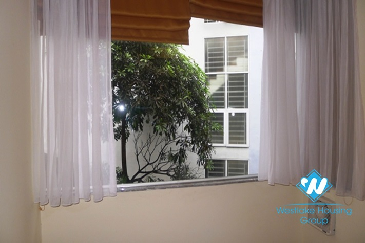 Cozy 1-bedroom apartment for lease in Dao Tan, Ba Dinh, Hanoi