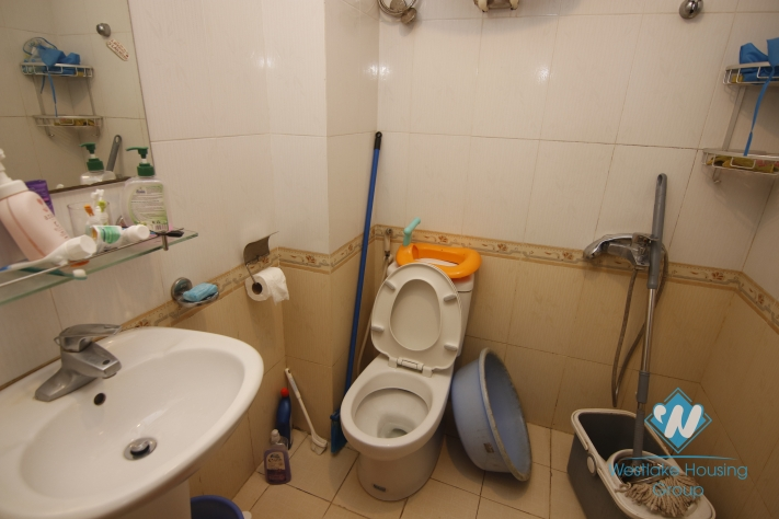 4 storey house for rent in Ba Dinh District, Hanoi.