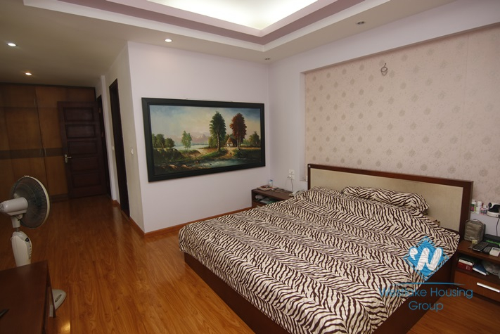 Big 05 bedrooms house with yard and nice garden for rent in Ba Dinh area.