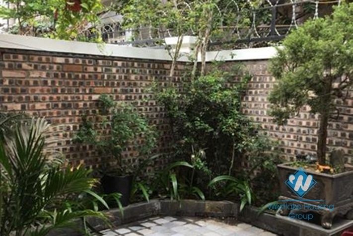 A little green garden house on Au Co street with 1 bedroom for rent