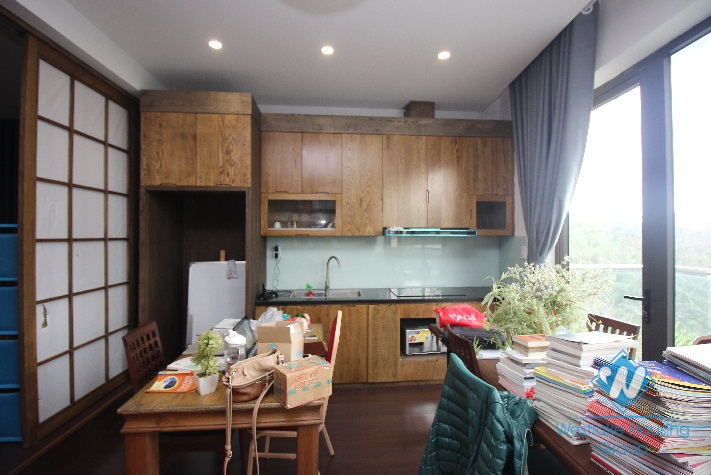 Good Studio with lakeview for rent in Hai Ba Trung area.