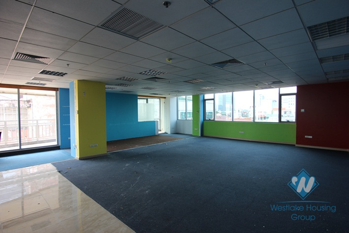 Professional office building for rent in Doi Can street, Ba Dinh distrist, Ha Noi