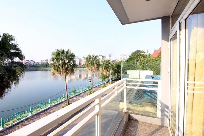 Duplex and lakeview apartment for rent in Nghi Tam village, Tay Ho.