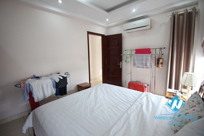 One bedroom apartment looking over to the water for rent in Truc Bach, Ba Dinh, Hanoi