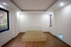 A spacious 3 bedroom apartment for rent in Xuan dieu, Tay ho