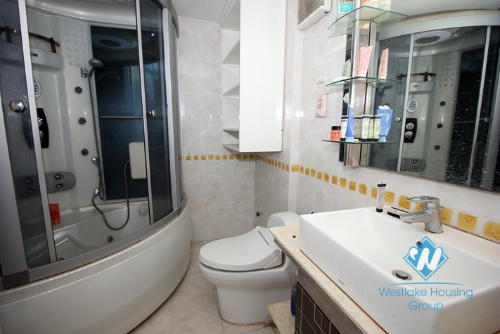 A 3 bedroom apartment with nice view in Cau giay, Ha noi