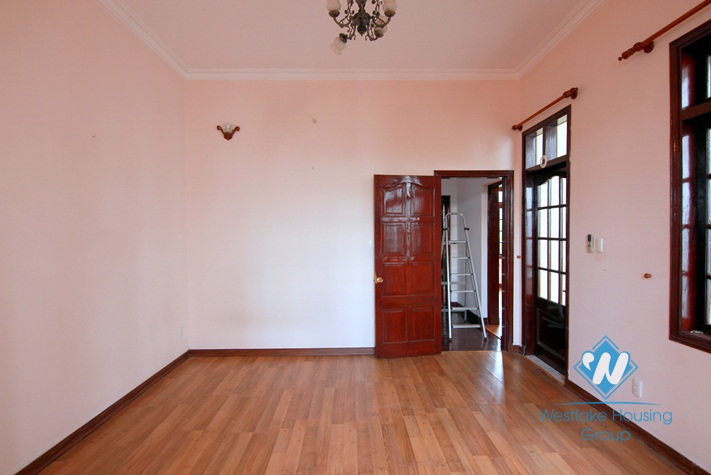 A nice and big 4 bedroom house for rent in Tay ho, Ha noi